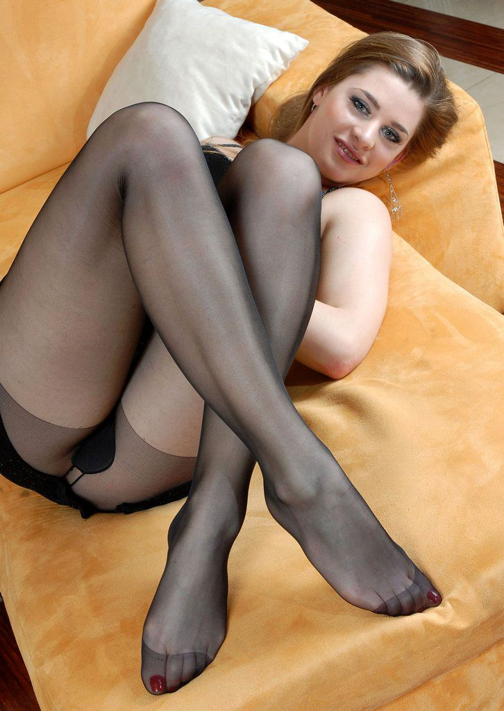 Anal eva ramon cummy pantyhose like that