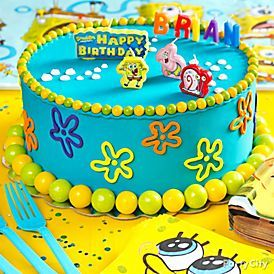 Dive into this easy-to-make (and impressive!) SpongeBob cake decorated with yummy candy, undersea icing designs and official SpongeBob candles. Click for the how-to!