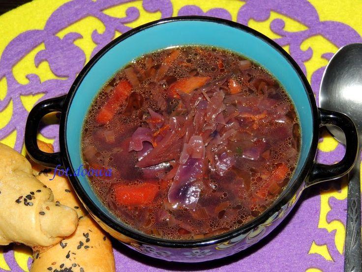 Moje Małe Czarowanie: Zupa z czerwonej kapusty