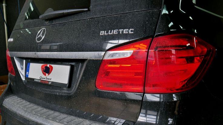 Do naszego serwisu trafił kolejny Mercedes który cierpiał na niedobór mocy. Tym razem zajęliśmy się największym SUVem – Mercedesem GL (X166) z silnikiem diesla 350 BlueTEC. Tradycyjnie już rozwiązaniem okazał się być sprawdzony produkt firmy Remus.  Więcej informacji na naszym blogu: http://gransport.pl/blog/realizacja-mercedes-benz-gl-350-cdi-bluetec-remus/  Oficjalny Dealer Remus Polska GranSport - Luxury Tuning & Concierge http://gransport.pl/index.php/