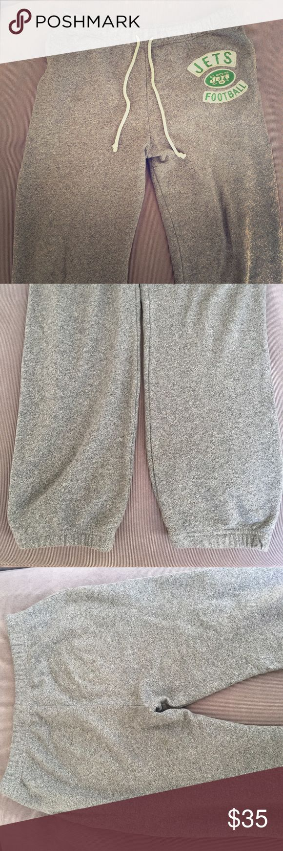 Junk Food Jets Sweatpants Really comfortable sweatpants made of French terry fabric. Basically in the same condition as I bought them from Bloomingdales. Junk Food Pants Sweatpants & Joggers