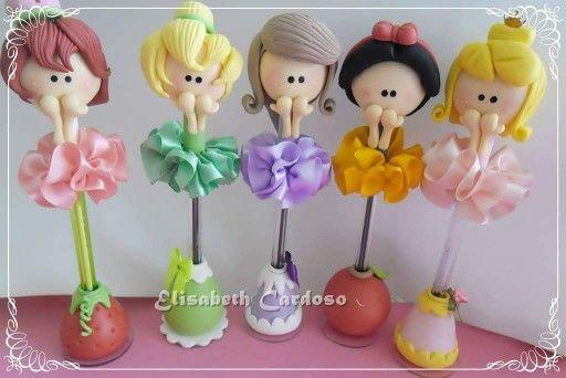 Canetas decoradas com biscuit princesas