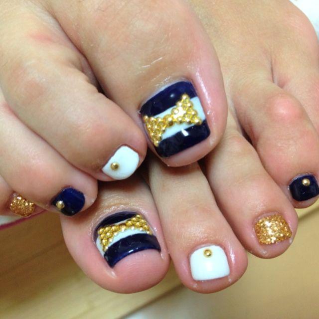 Blue-White Striped Toe Nail Art  #nailbook