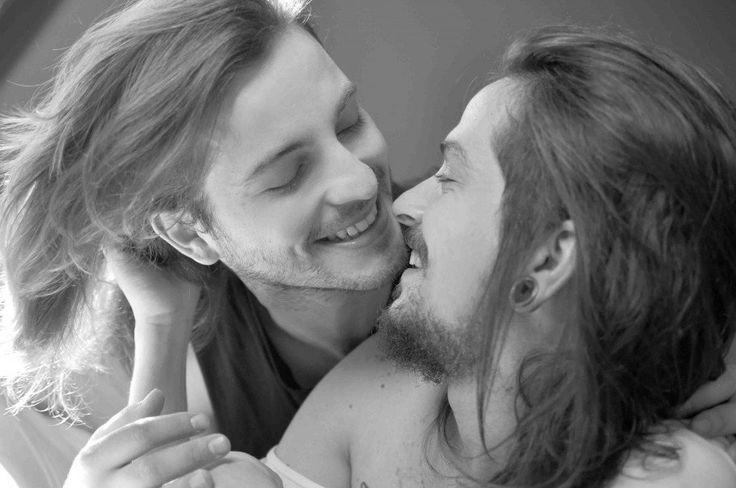 Fotógrafa retrata casal gay a fim de desmitificar promiscuidade | Catraca Livre