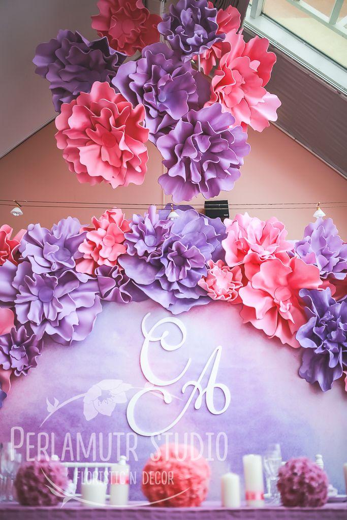 Декор большими цветами