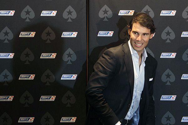 Рафаэль Надаль выиграл благотворительный турнир по покеру в Праге