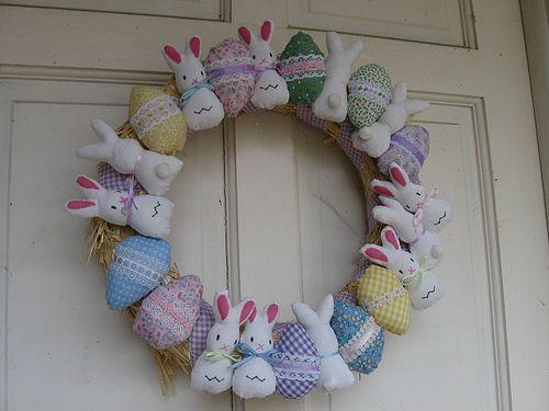 Пасхальные венки на двери