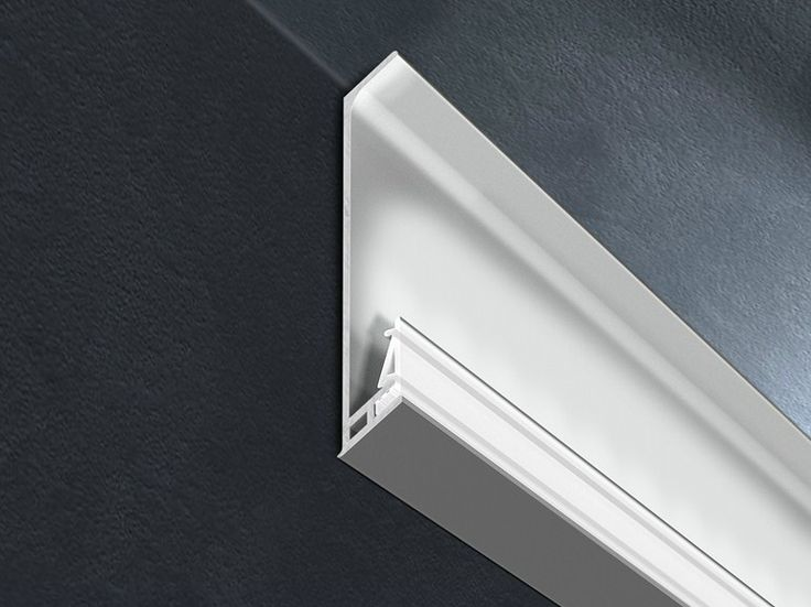 Plinta din aluminiu cu leduri, pentru tavane: Proskirting Giled