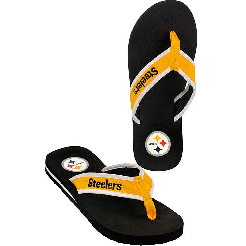 Take your Steeler football pride to the beach in these men's Contour flip flops.