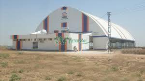 Kapalı halı sahalar firmaların rahat bir şekilde yaptığı ve güvenli bir şekilde hizmete sunduğu ve bu şekilde oyuncuların da doğal hava koşullarından etkilenmediği yerlerdir. http://www.firuzespor.com/?