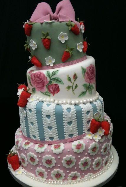 Topsy turvy. #cathkidston #cake #CK20yrs