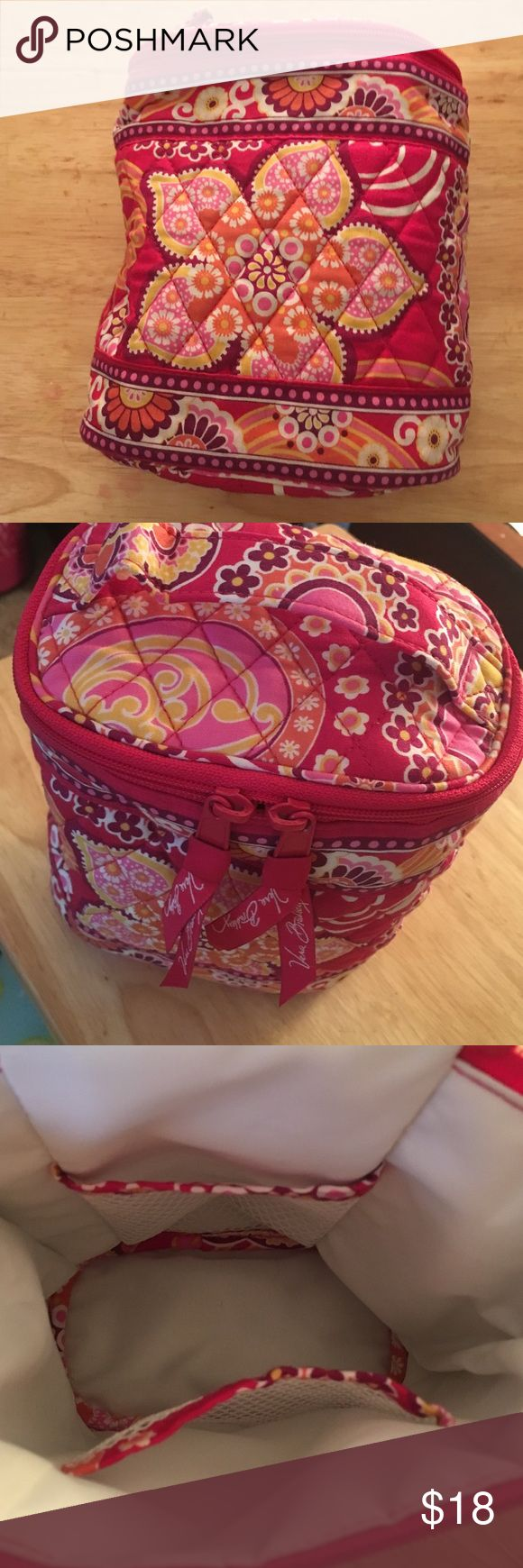 Vera bradly insulated bag- perfect condition! Super cute small insulated bag. Great for carrying a small lunch or great for baby bottles. Never used. I did take the rage off though with intent to use it. :) Vera Bradley Bags