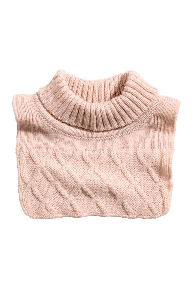 Fake polo neck: Fake polo neck in a soft diamond-pattern knit.