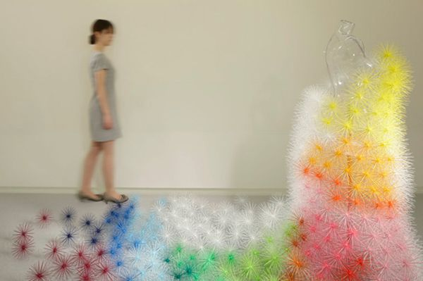 Toge (Japanese for thorn) is a new modular product designed by French architect, Emmanuelle Moureaux...600399 Pixel