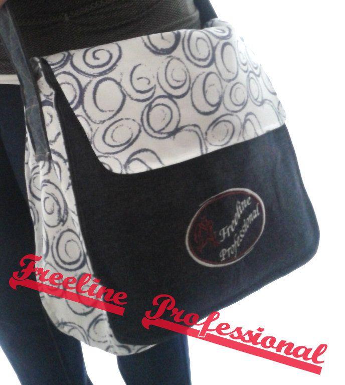 una new entry nella gamma articoli di Freline Professional : la Bag Circle #borsa in tessuto Jeans 100% cotone tracolla lunga cerniere interne ed esterne #logo #ricamato personalizzabile  http://www.freelineprofessional.it/category/news-eventi/