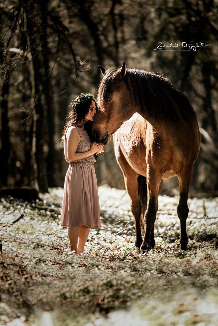 Zauberfee Zauberlicht   Pferd   Bilder   Pferdeshooting   Fotoshooting   Pferdef… – Zauberlicht Fotografie by Anja Silvia – #Anja #Bilder #Fotografi…