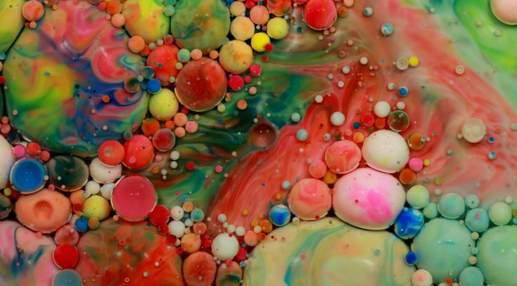 Toronto, ON, Canada artist Sebastien Leduc #BubbleArt #ItsLiquid #photography