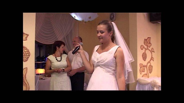 Panna młoda śpiewa na weselu dla Rodziców, piosenka dla mamy (Violetta V...