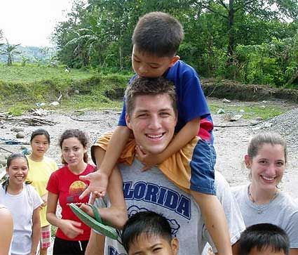 Athlete or not, giving back to those in need is something that has always been a part of Tim Tebow's life. Such a good guy!