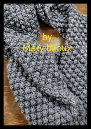 Materiale: 100g.di lana-ferri n.6-larghezza cm.25-lunghezza cm 1,30 Material:100g.-of wool-Needles n.6--width cm.25--length cm.1,30