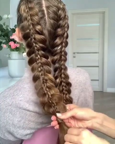 What do you think about these braiding skills and the stunning hairstyle?