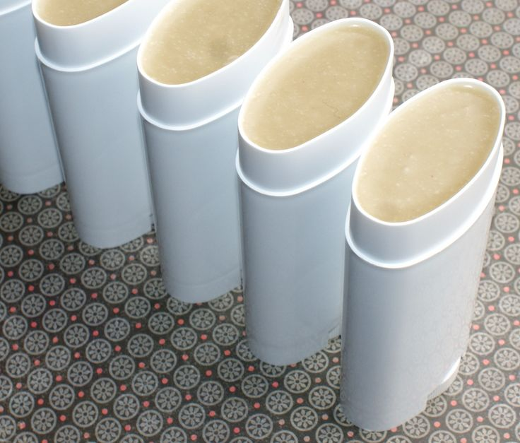 How to make natural handmade deodorant - DIY Lavender Patchouli Deodorant Recipe with printable labels