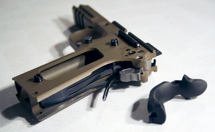 Grip safety hammer strut leaf spring pistols