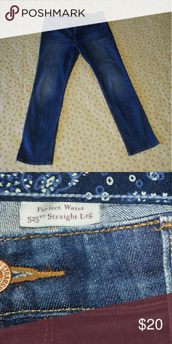 Levi's 525 Perfect Waist Sz 14 Levi's Jeans Perfect Waist 525 straight leg  - will not give you plumbers crack :)  size 14 Levi's Jeans Straight Leg
