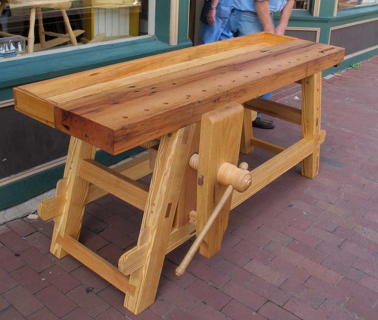 wood screw vise on a nice bench   Workbenches for Woodworking ...