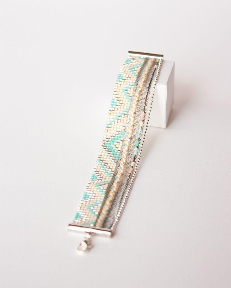 Bracelet tissé perles miyuki / manchette été / bleu turquoise, bleu ciel, argent, jaune et rose /