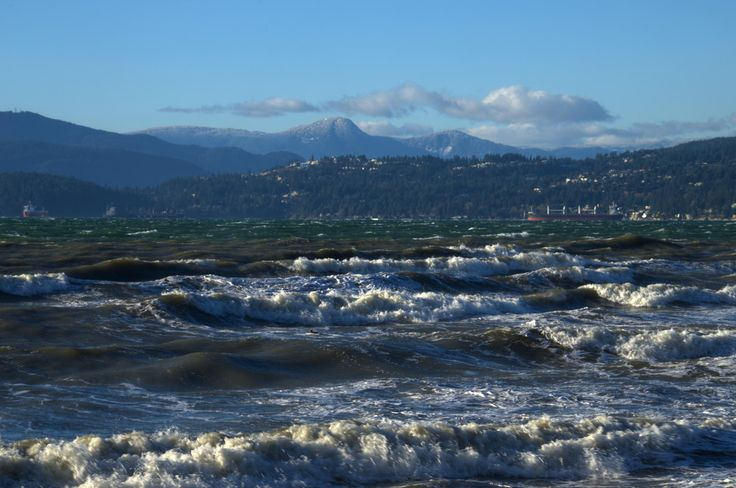 Taken early on a November morning at Third Beach in Vancouver. #Ocean #Sea #StanleyPark