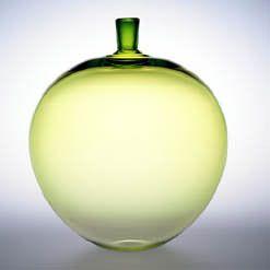 glass apple, design by Ingeborg Lundin, 1957