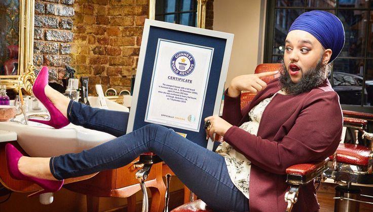 Харнаам Каур попала в Книгу Гиннесса http://rbnews.uk/uk/society/news/article43578.html  24-летняя Харнаам Каур (Harnaam Kaur), обладающая бородой в 15см, попала в Книгу рекордов Гиннеcса. Каур является женщиной с самой длинной бородой в мире. Борода у нее появилась из-за редкого заболевания, вызывающего чрезмерный рост волос. Харнаам Каур является активисткой движения за позитивное отношение к телу и, как призналась, отрастила такую длинную бороду, чтобы морально справиться с […]