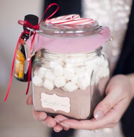 detalles ideas para regalar en navidad en esta idea es solo poner en un frasco