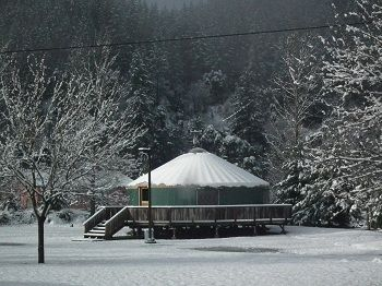 Pacific Yurt - Relaxing Vacation Accommodations in Northern CA |Strawhouse Resorts