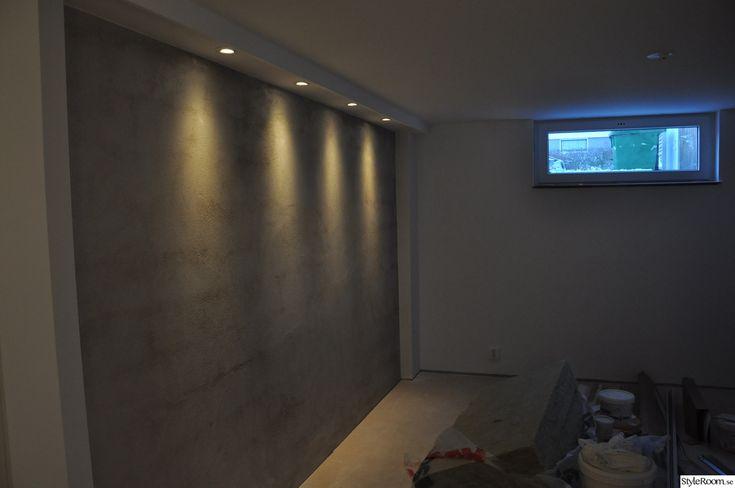 sovrum,betongvägg,belysning,källare