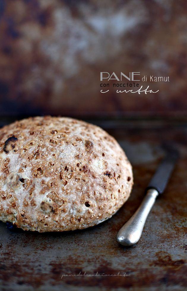 Oggi si panifica e tanto per restare in tema di cereali ( qui parlo proprio di loro ), ho messo insieme un po' di farina di Kamut (appena ...