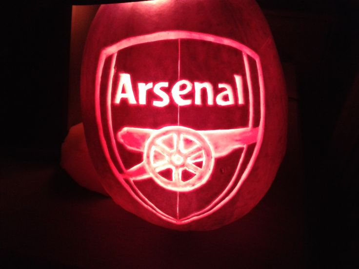 Arsenal pumpkin I carv...