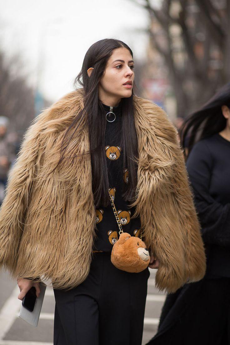Gilda Ambrosio // BOLD BAGS