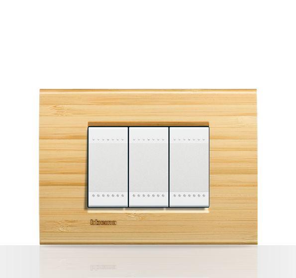 Bticino/ LivingLight/ Placa rectangular/ Bambú