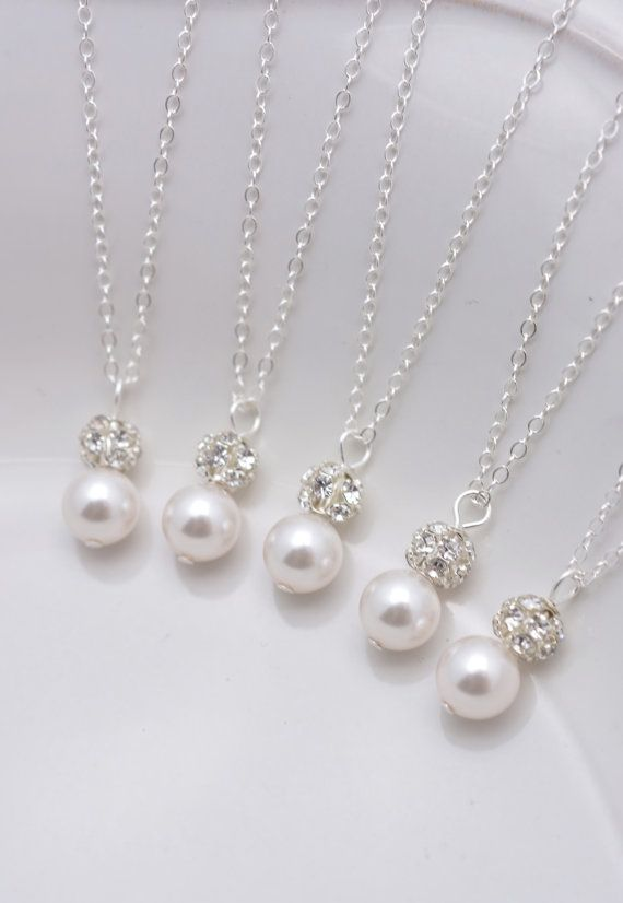 Set of 5 Bridesmaid Necklaces 5 Pearl and by AnaInspirations