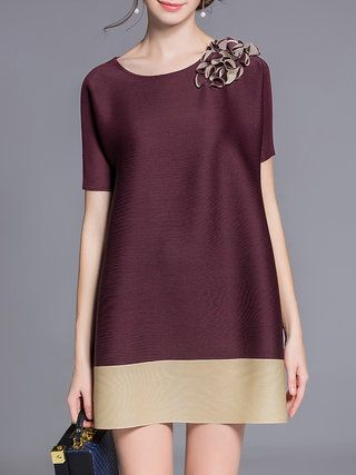 Burgundy Short Sleeve Crew Neck A-line Polyester Tunic
