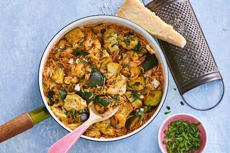 Een glutenvrije tomatenrisotto met garnalen, met als lekkere extra's: knoflook en pesto! Mmm. - recept - Allerhande