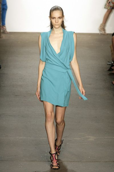 Thakoon at New York Fashion Week Spring 2010 - Runway Photos