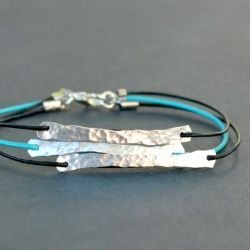 An inch of aluminum wire can be totally transformed into bracelet connectors using this simple technique.