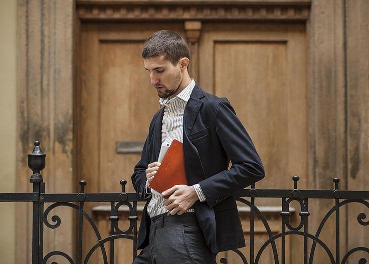 Accessing a tablet from Carter Gear #shoulderholster