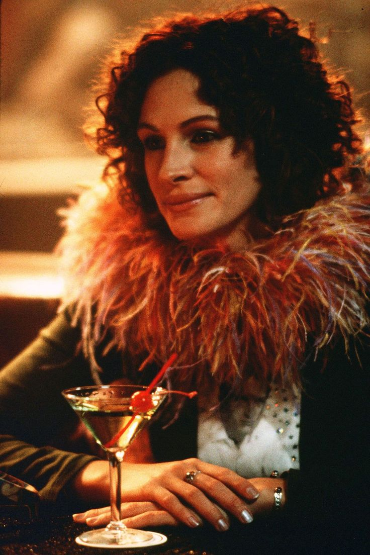 A forgettable film but for Julia Roberts, drinking cocktails in Vegas in a feathered halo.