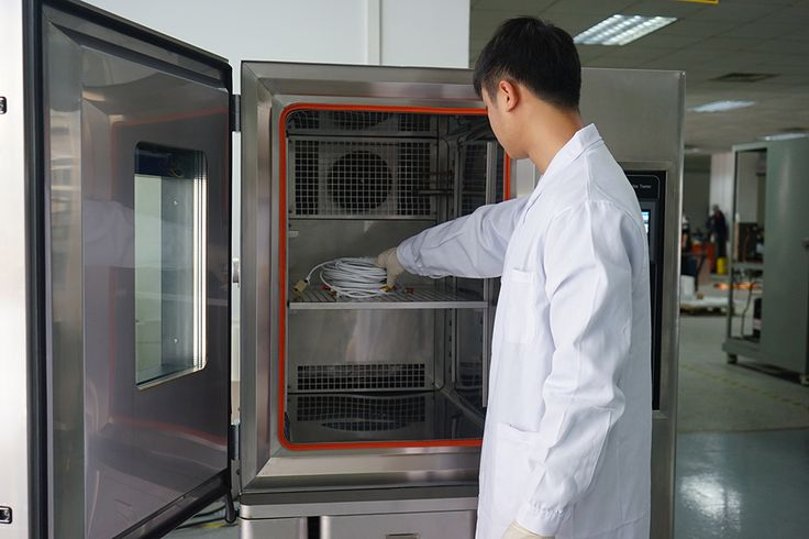 Environmental test chamber is the necessary testing equipment for aviation, automobile, home appliances, scientific research and other fields. It is used to test and determine the temperature and environmental changes of high temperature, low temperature, high humidity, low humidity, alternating wet heat or constant test of electrician, electronics and other products and materials After the parameters and performance.