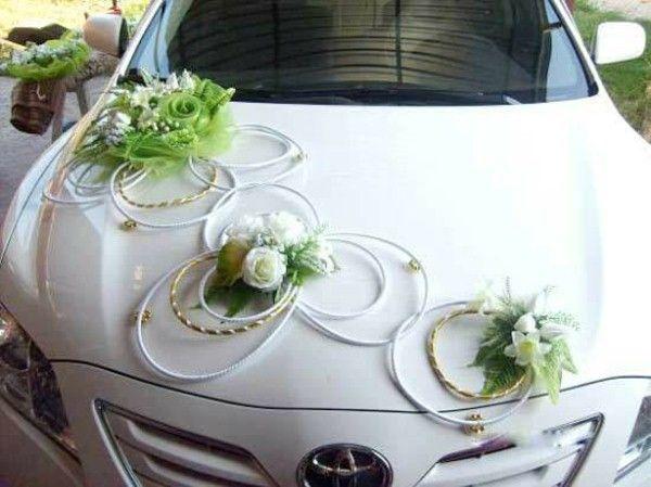 décoration-de-voiture-simple-pour-mariage.jpg (600×449)