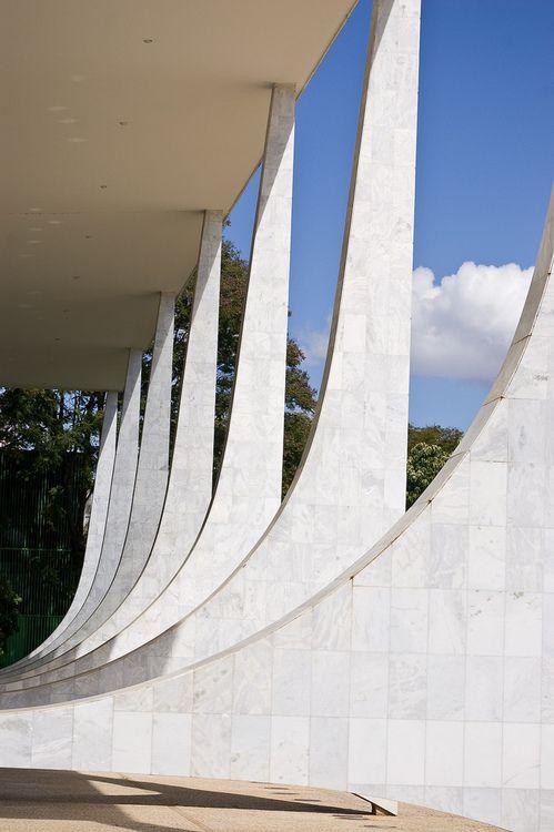 Brasilia Supreme Court. Oscar Niemeyer